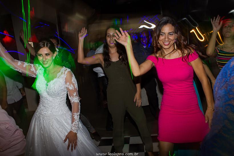 casamento em jundiai leonardo laprano fotografia casamento patricia e caio espaco alecrim jundiai sao paulo-61