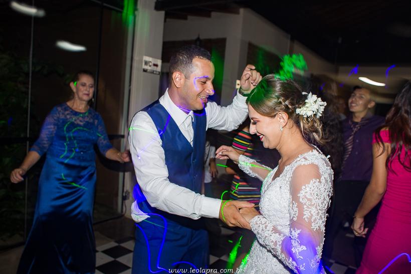casamento em jundiai leonardo laprano fotografia casamento patricia e caio espaco alecrim jundiai sao paulo-65