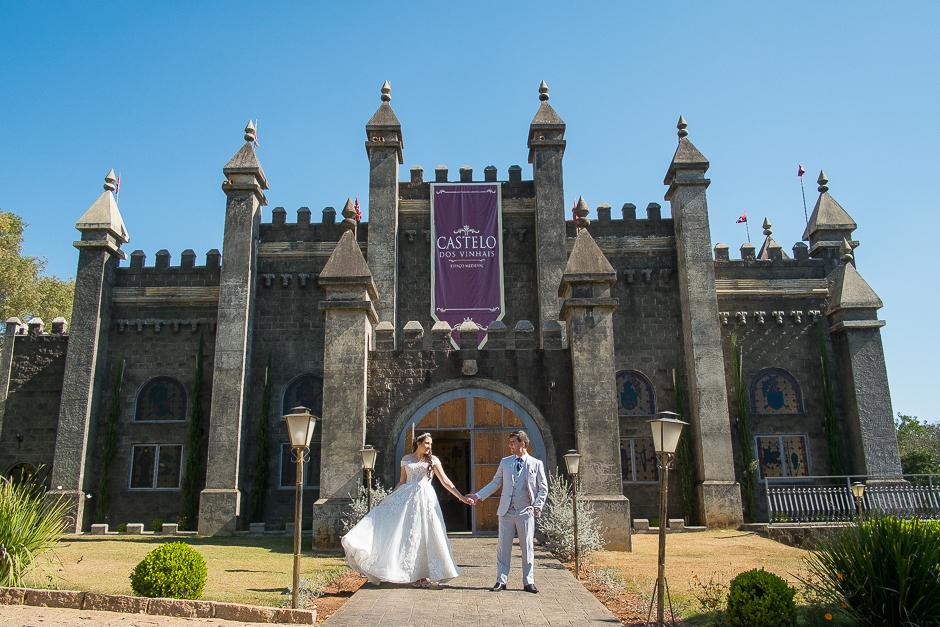 CAPA ensaio pre casamento pre wedding castelo dos vinhais leonardo laprano fotografia de casamento jundiai sao paulo-1
